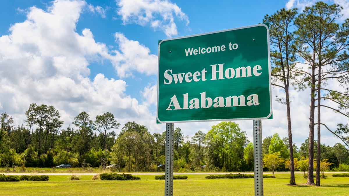 CBD Oil in Alabama: Is It Legal and Where to Buy in 2021?